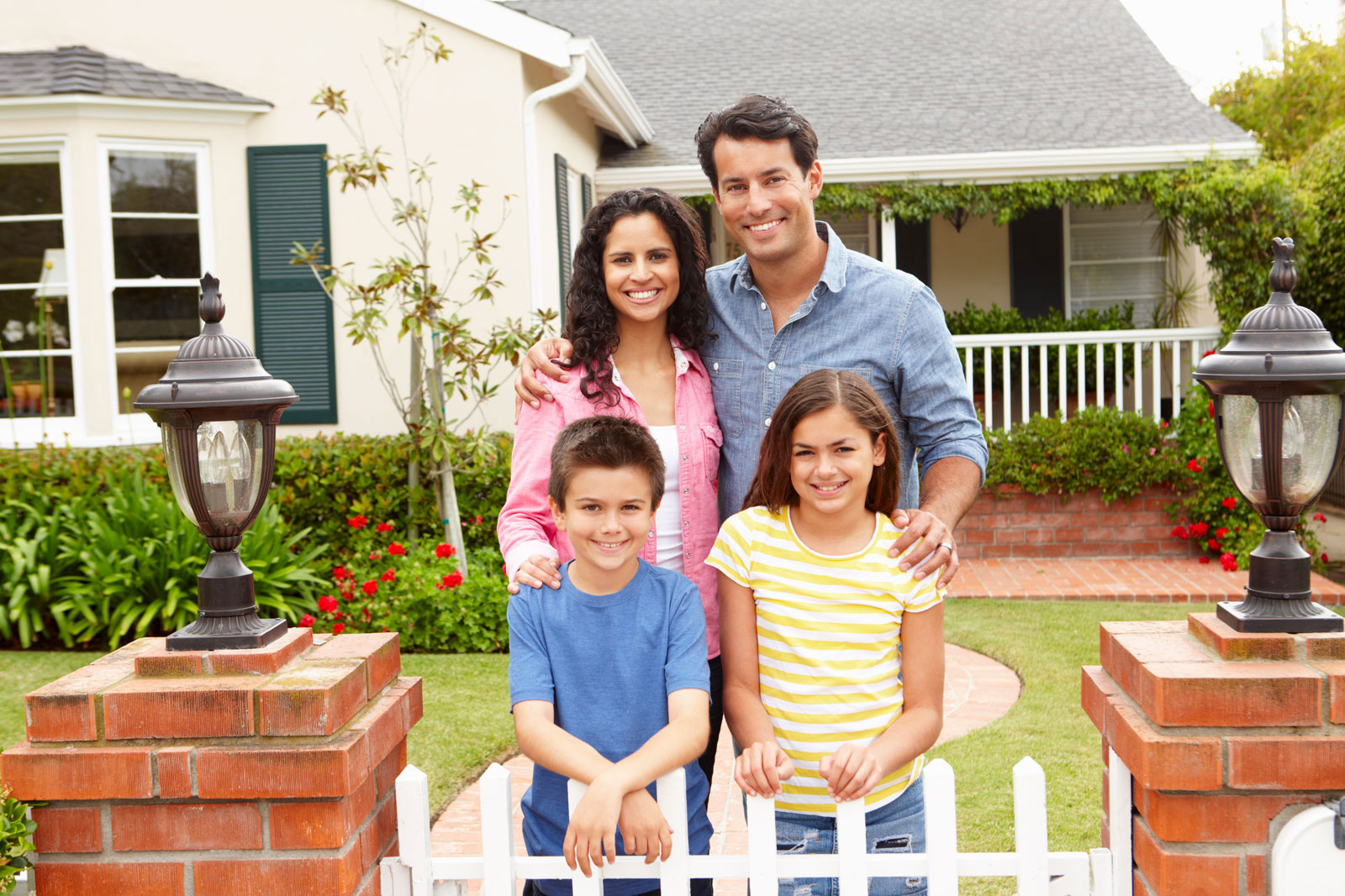 family-buying-a-home